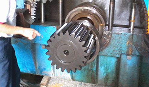 磨机减速机轴维修
