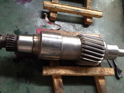 钢厂轧辊轴磨损激光熔覆修复